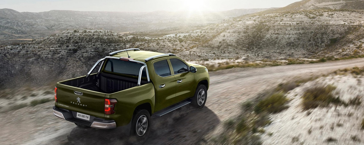 Nuevo pick-up PEUGEOT LANDTREK Multipurpose cabina doble 4x4 mayor zona carga del mercado